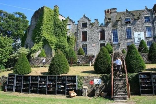Hay-Castle-Bookshop-picture-1-540x360