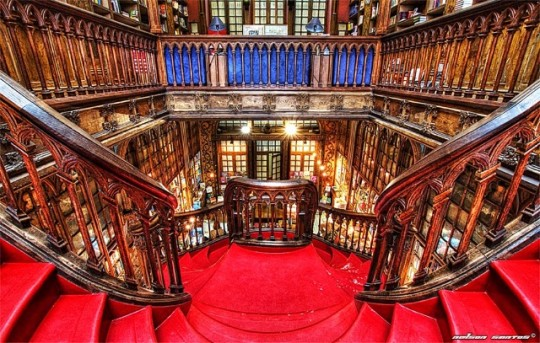 Livraria-Lello-and-Irmao-bookshop-in-Porto-540x343